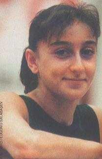 Gina Smiling.jpg (7890 bytes)